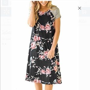 Beautiful floral dress with striped sleeve